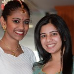 DISHA Night of Colors: Bharaniabirami Rajaram (left in white) and Zanub Malki (right in green)